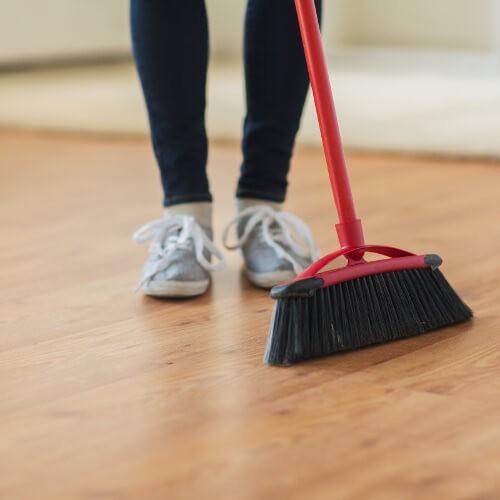 Laminate cleaning tips   Signature Flooring, Inc