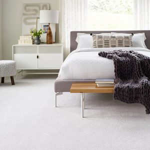 White carpet for bedroom | Signature Flooring, Inc